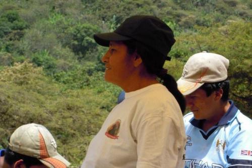 Peru-2012-woman Leader-Felipa speaking